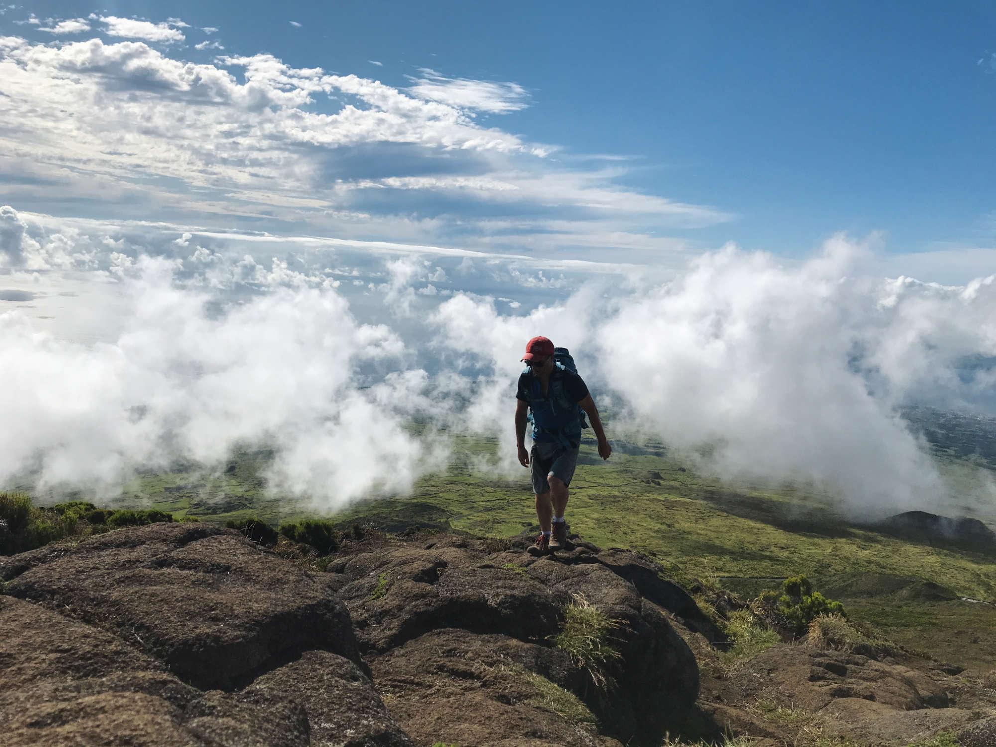 Une ascension entre les nuages